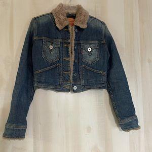 Levi's cropped fur collar denim jean jacket, size medium